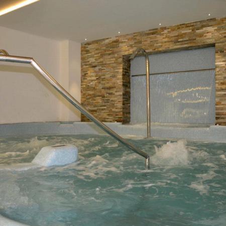 vasca idromassaggio - Terme di Pejo